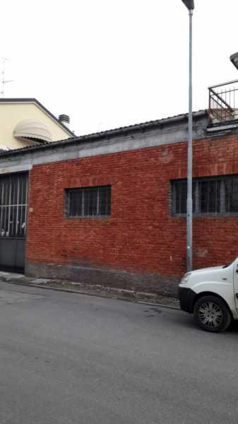 capannone in vendita a concordia sulla secchia via martiri della liberta` foto2-102036634