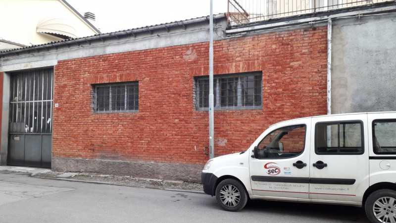 capannone in vendita a concordia sulla secchia via martiri della liberta` foto3-102036634