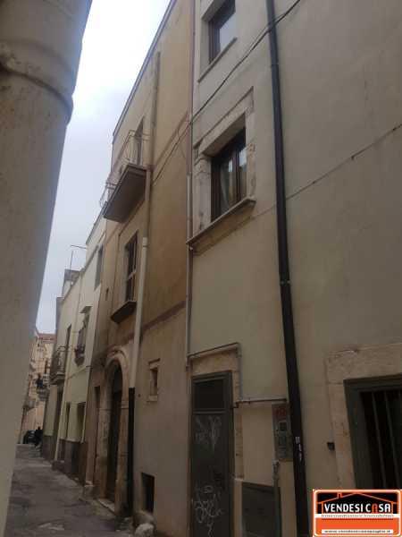 casa indipendente in vendita ad acquaviva delle fonti acquaviva delle fonti foto2-104801552