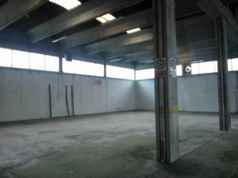 capannone in vendita a lucca via di vorno 166 foto3-117510690