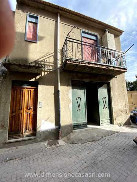 casa indipendente in vendita a san cataldo via baldi 242 foto2-124084770