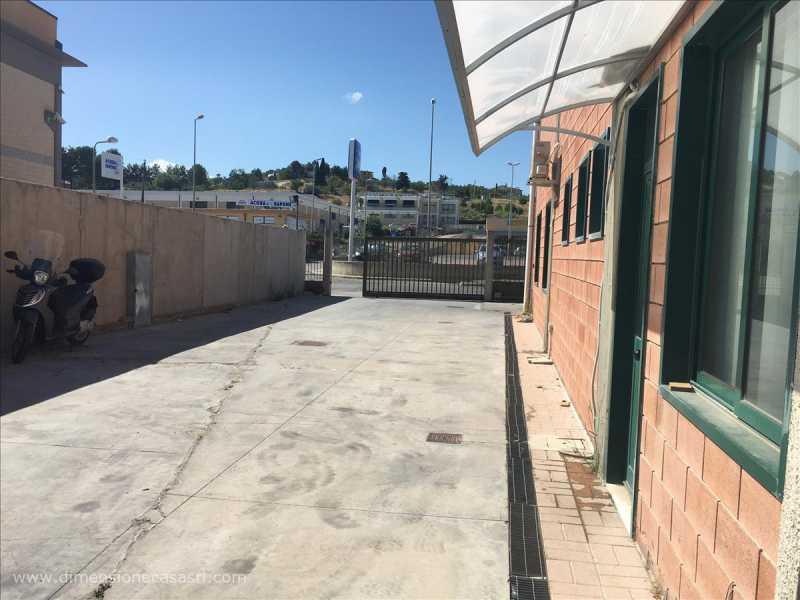 capannone in vendita a san cataldo sp6 11 foto4-127805550