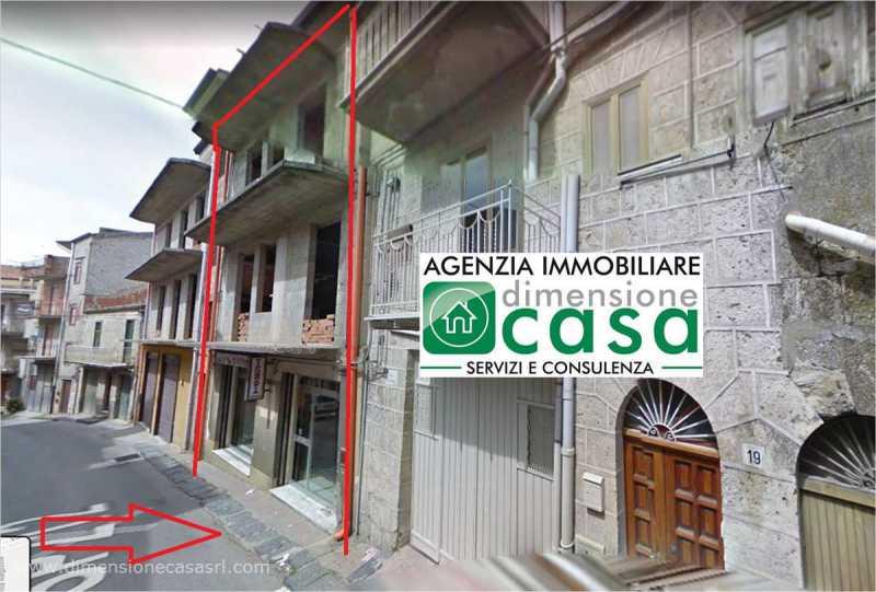 casa indipendente in vendita a mussomeli via santa croce 11