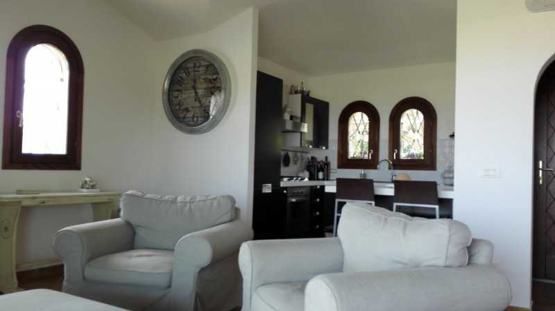 villa in affitto ad olbia pittulongu mare e rocce