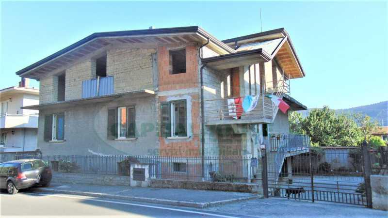 villa singola in vendita ad avella - 235000 euro