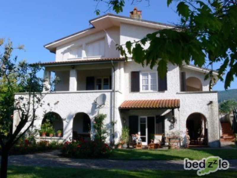 Vacanza in bed and breakfast a lucca via per corte po 296 foto2-26489174