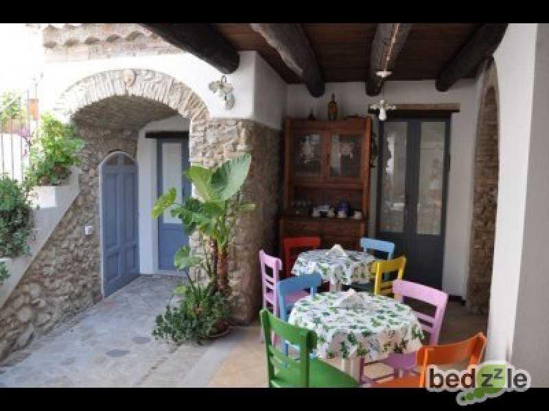Vacanza in bed and breakfast a roccella ionica vico martiri 38 foto1-26489461