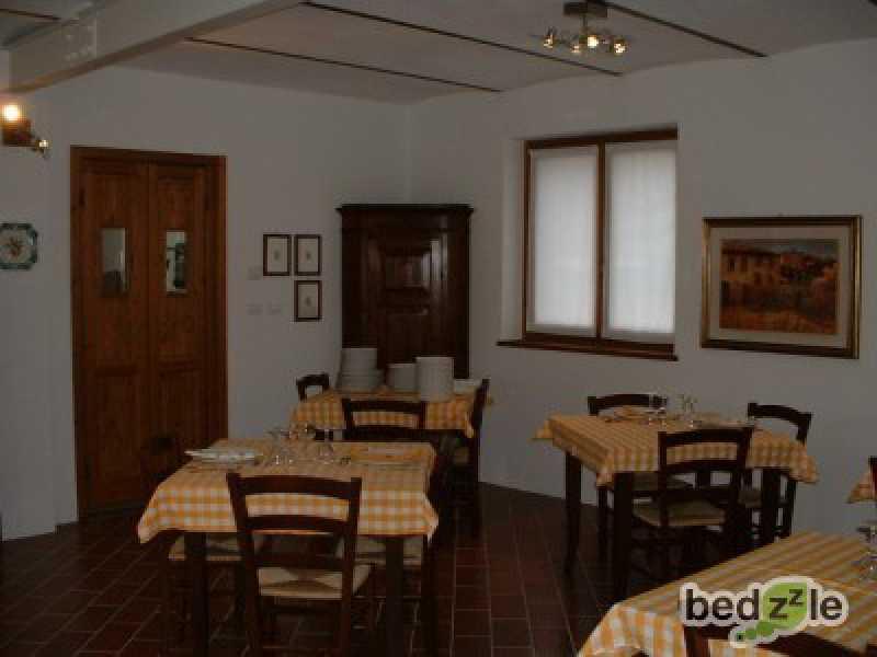 Vacanza in camera d`albergo a ponte nizza due camini 6 foto3-26489493