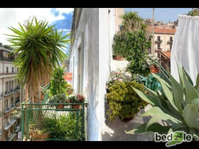 Vacanza in bed and breakfast a palermo via mariano stabile 139 foto2-26489495