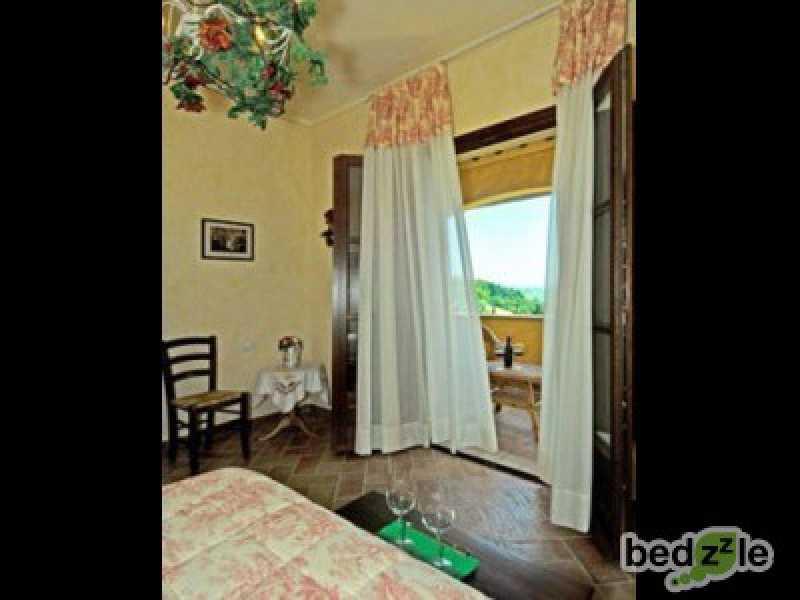 Vacanza in camera d`albergo a peccioli via comunale foto2-26489561