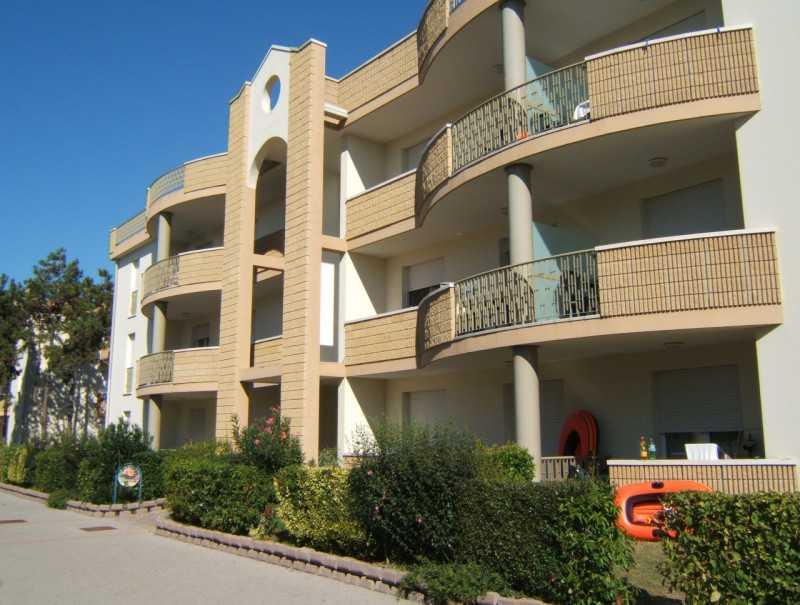 appartamento in vendita bibione via delle nazioni 39 78 con piscina foto1-50629140