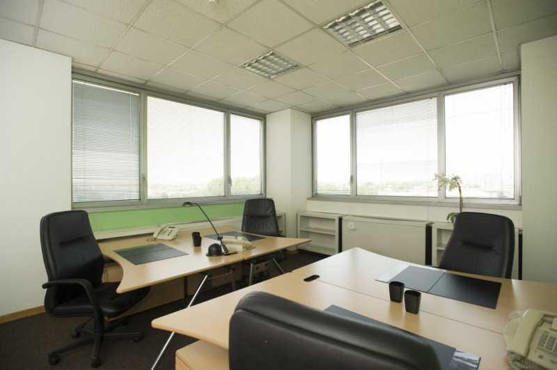 ufficio in affitto a milano via della senna foto2-53939400