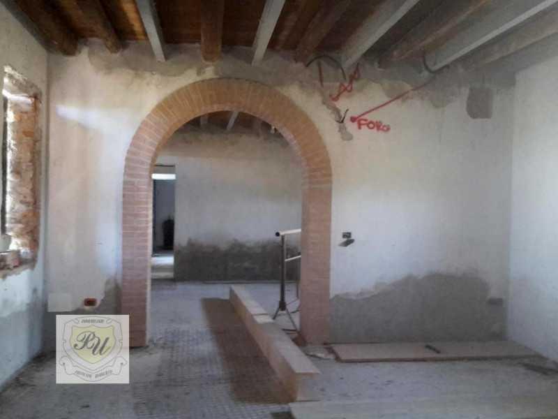 casa indipendente in vendita a vighizzolo d`este piazza negri foto2-54502353