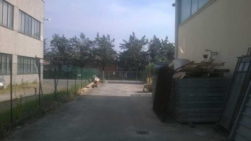 capannone in vendita a parma via giorgio gastaldi 1 foto2-56317328