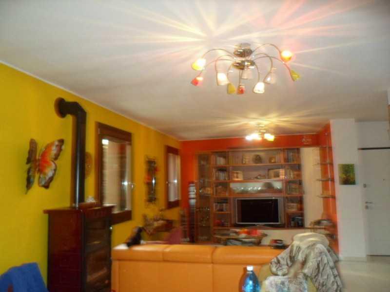villa o villino in vendita a caldogno via stadio foto4-56815823