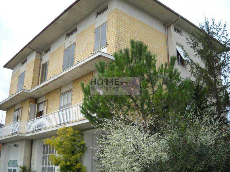 casa indipendente in vendita a mogliano c da poggio foto2-57526530