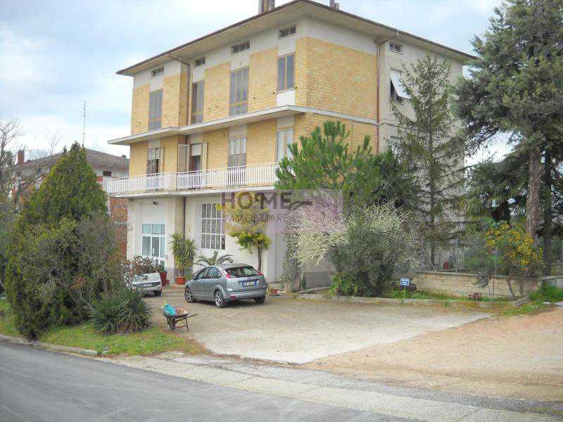 casa indipendente in vendita a mogliano c da poggio foto4-57526530