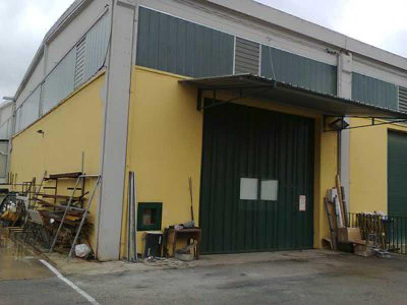 capannone martinsicuro foto1-57533581