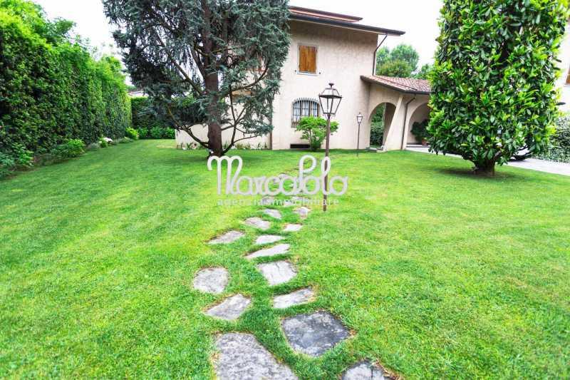 villa bifamiliare in affitto a forte dei marmi via xx settembre foto3-58041182