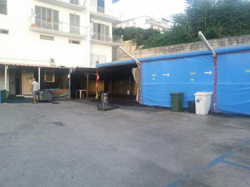 attivit á commerciale in vendita a pozzuoli via solfatara foto2-61185239