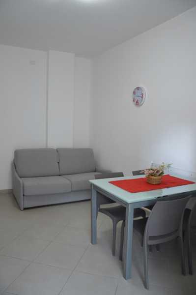 appartamento in affitto a pietra ligure piazza palamrini foto2-61265765