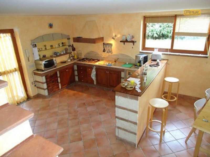 villa a schiera in vendita a giugliano in campania varcaturo via grotta dell` olmo foto3-61265842