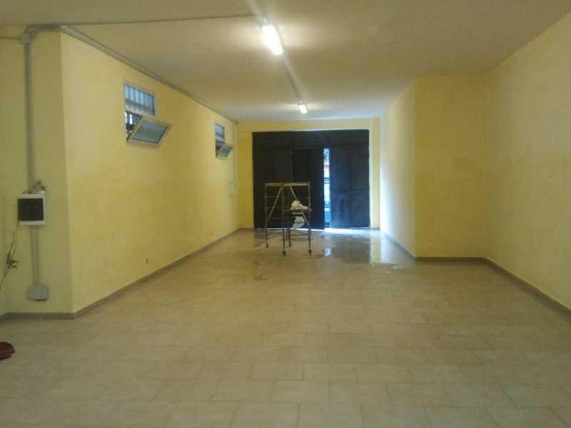 cerco locale commerciale in napoli quarto foto1-61265956