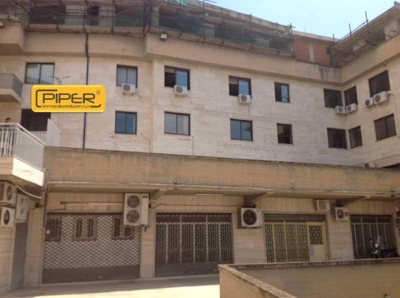 locale commerciale in affitto a quarto corso italia foto4-64028859