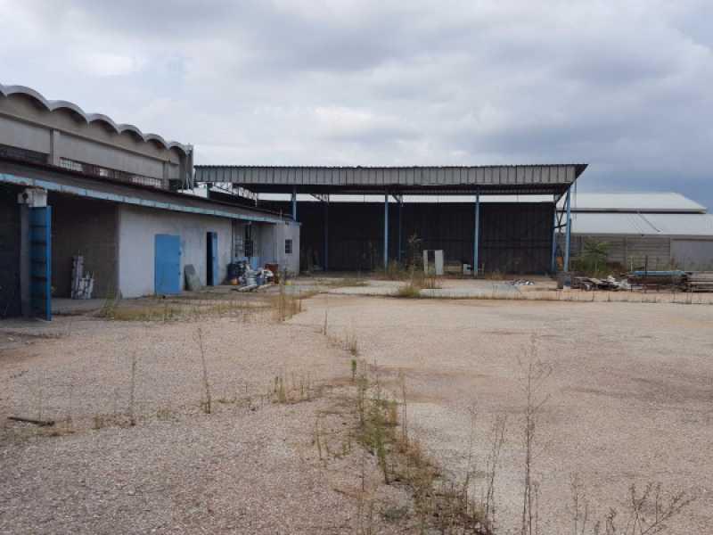 capannone circonvallazione orientale roma foto1-64995395