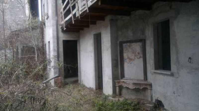 edificio stabile palazzo in vendita ad erba via carpani foto3-65066551