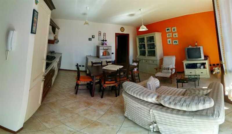 appartamento in vendita a caprino bergamasco sant`antonio foto2-73157404