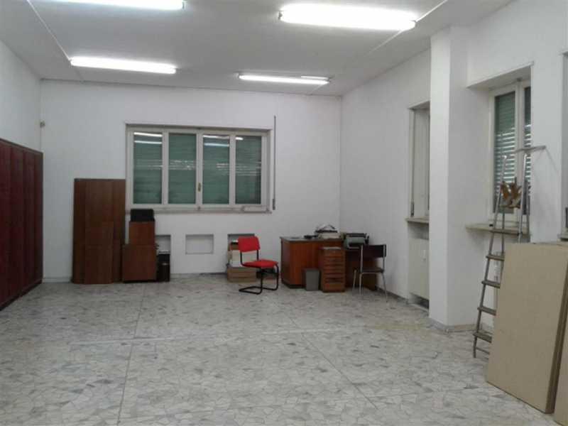 attivitó commerciale italia foto1-73186202