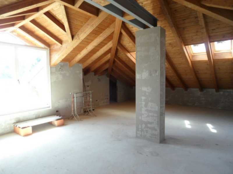 attico mansarda in vendita a lesa foto2-73200462