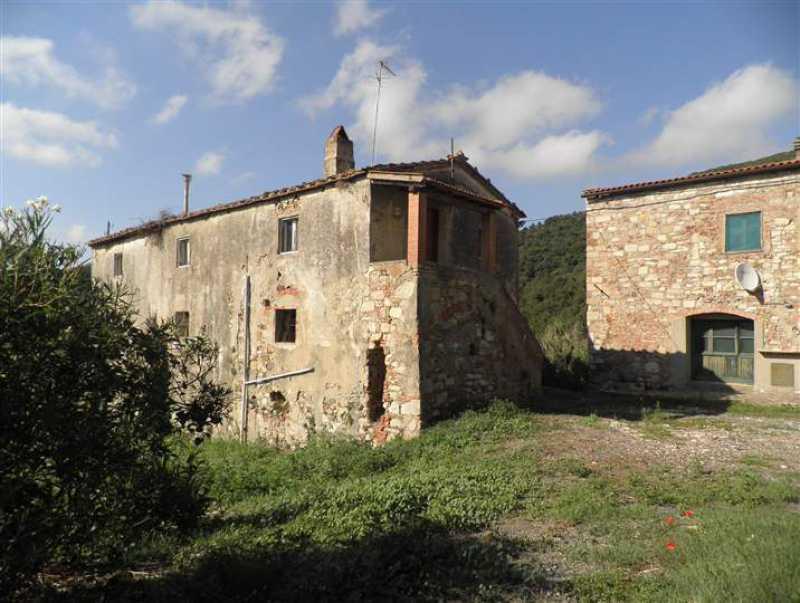 rustico casale corte in vendita a rosignano marittimo gabbro foto3-73243470