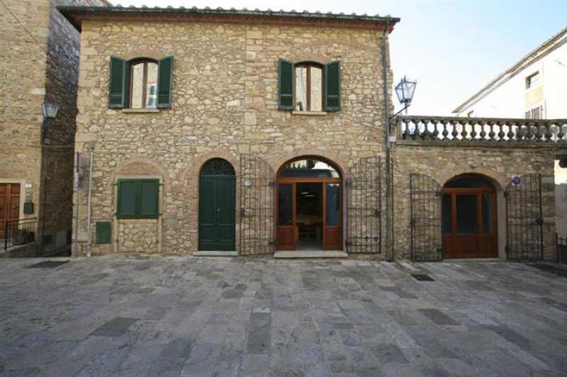 edificio stabile palazzo guardistallo foto1-73255175