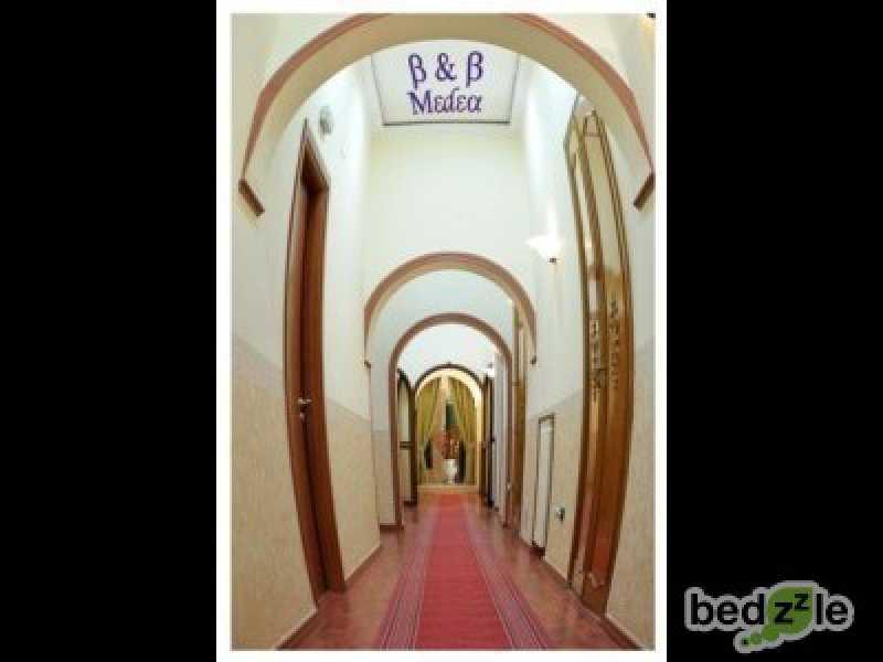 Vacanza in bed and breakfast a napoli via san giovanni maggiore pignatelli 48 48 foto4-74116444