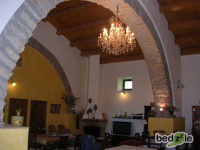 Vacanza in camera d`albergo a mistretta via nazionale 76 foto3-74117073
