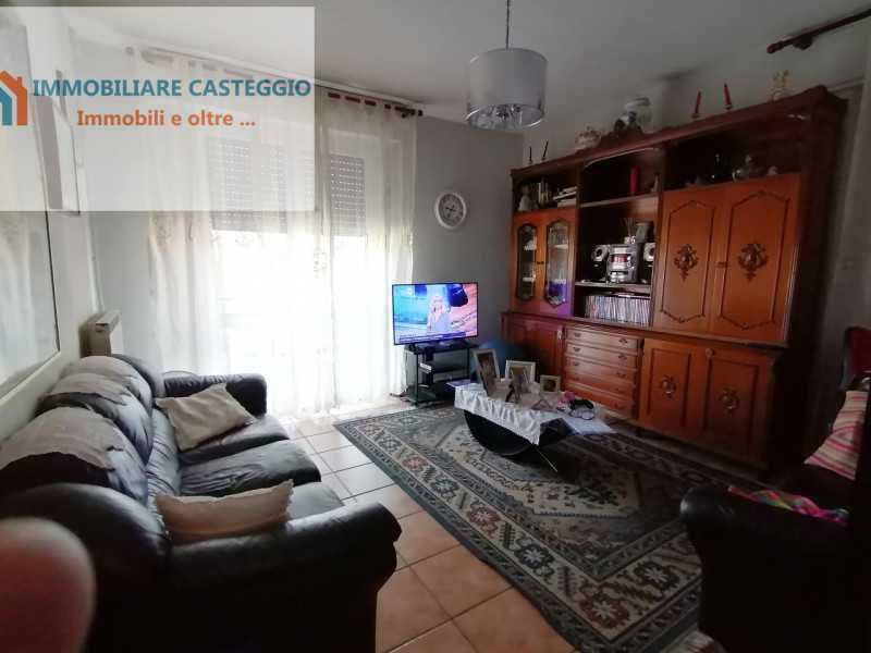 villa schiera in vendita a casteggio via max basil foto3-74214723