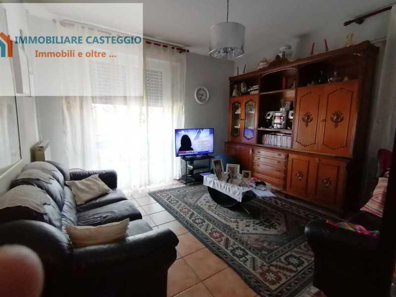 villa a schiera in vendita a casteggio via max basil foto4-74214723