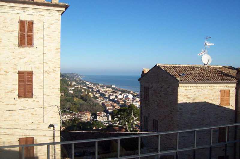 casa indipendente in vendita a cupra marittima via castello foto1-74382960