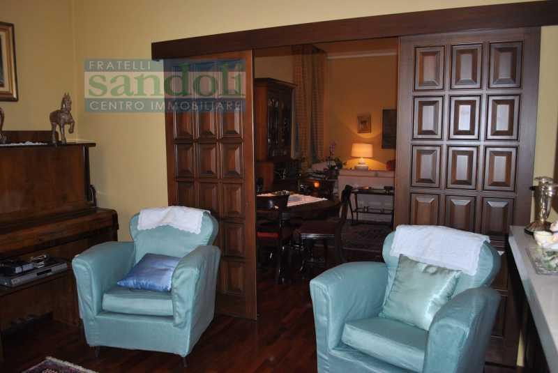 casa indipendente in vendita a vercelli via prarolo foto2-74414221