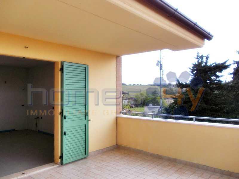 appartamento in vendita a sant`elpidio a mare via foscolo foto2-74422157