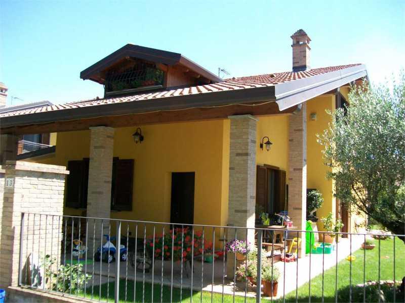 villa in vendita a marano ticino via papa giovanni paolo ii 13 foto2-74555463