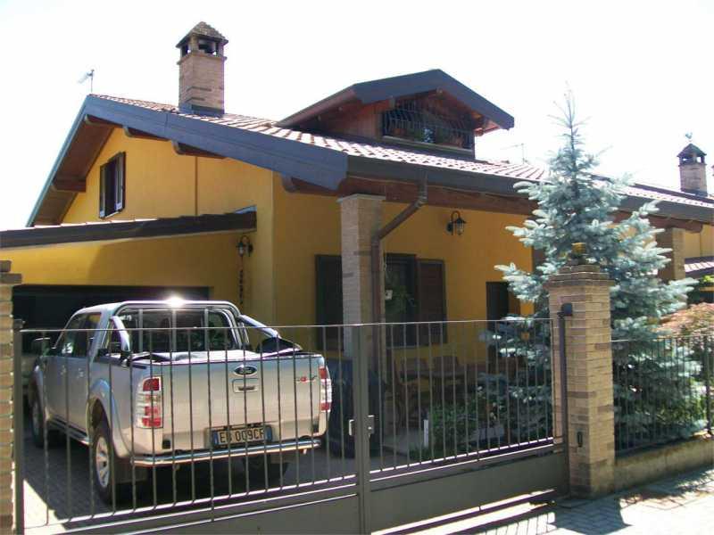 villa in vendita a marano ticino via papa giovanni paolo ii 13 foto3-74555463