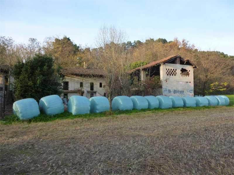 vendita terreno oleggio castello foto1-74580870