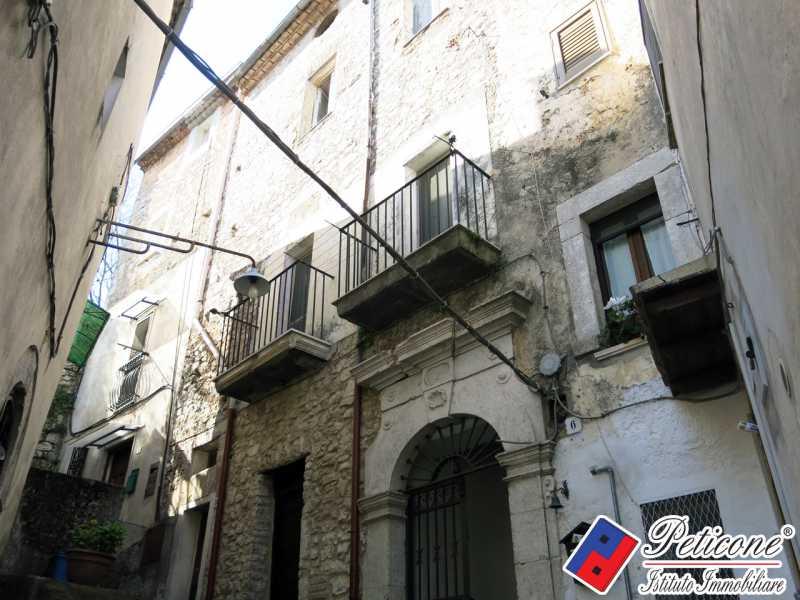 appartamento in lenola centro storico foto1-76146601