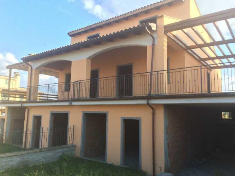 villa via paparano vitorchiano foto1-76239216