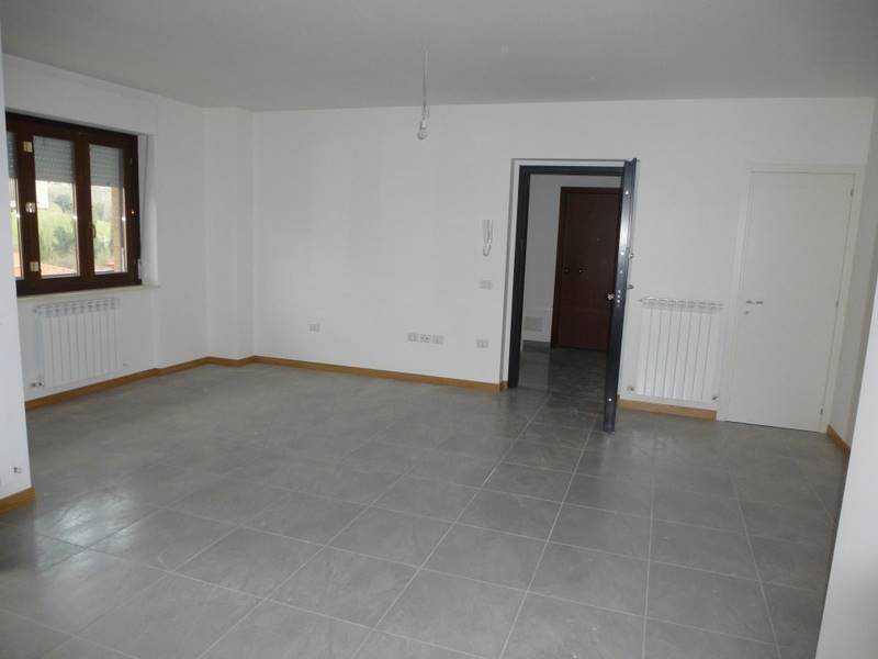 appartamento in vendita a castelraimondo foto2-76310610