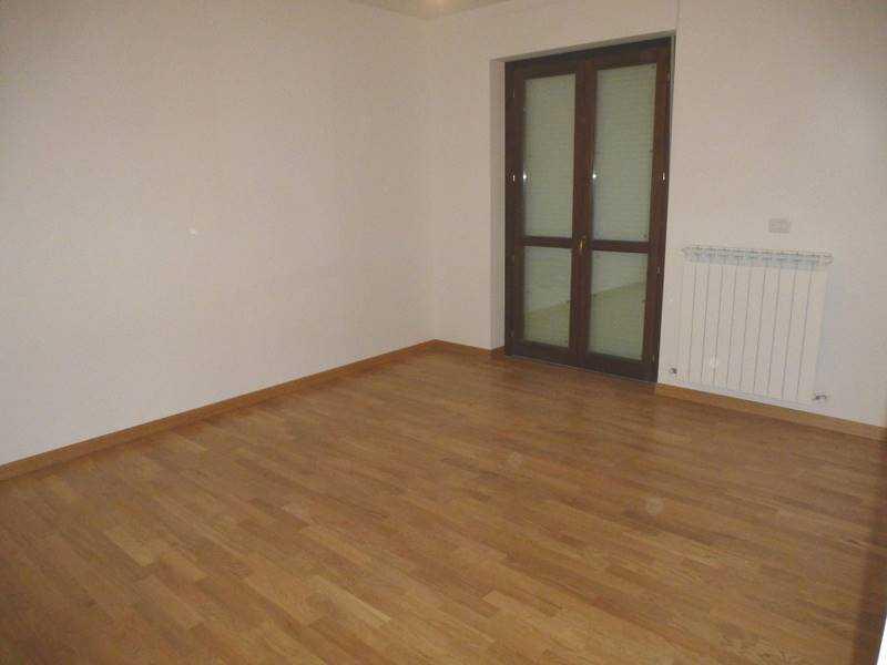 appartamento in vendita a castelraimondo foto4-76310610