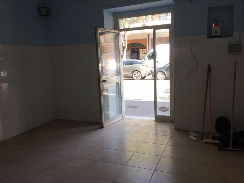 locale commerciale in vendita a telese terme via roma foto3-77563290